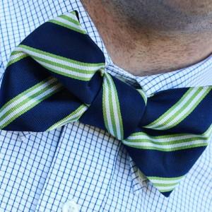 how to tie a bowtie necktie knot