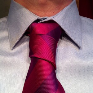floating spiral necktie knot with a www.mentiesshop.com purple and pink tie